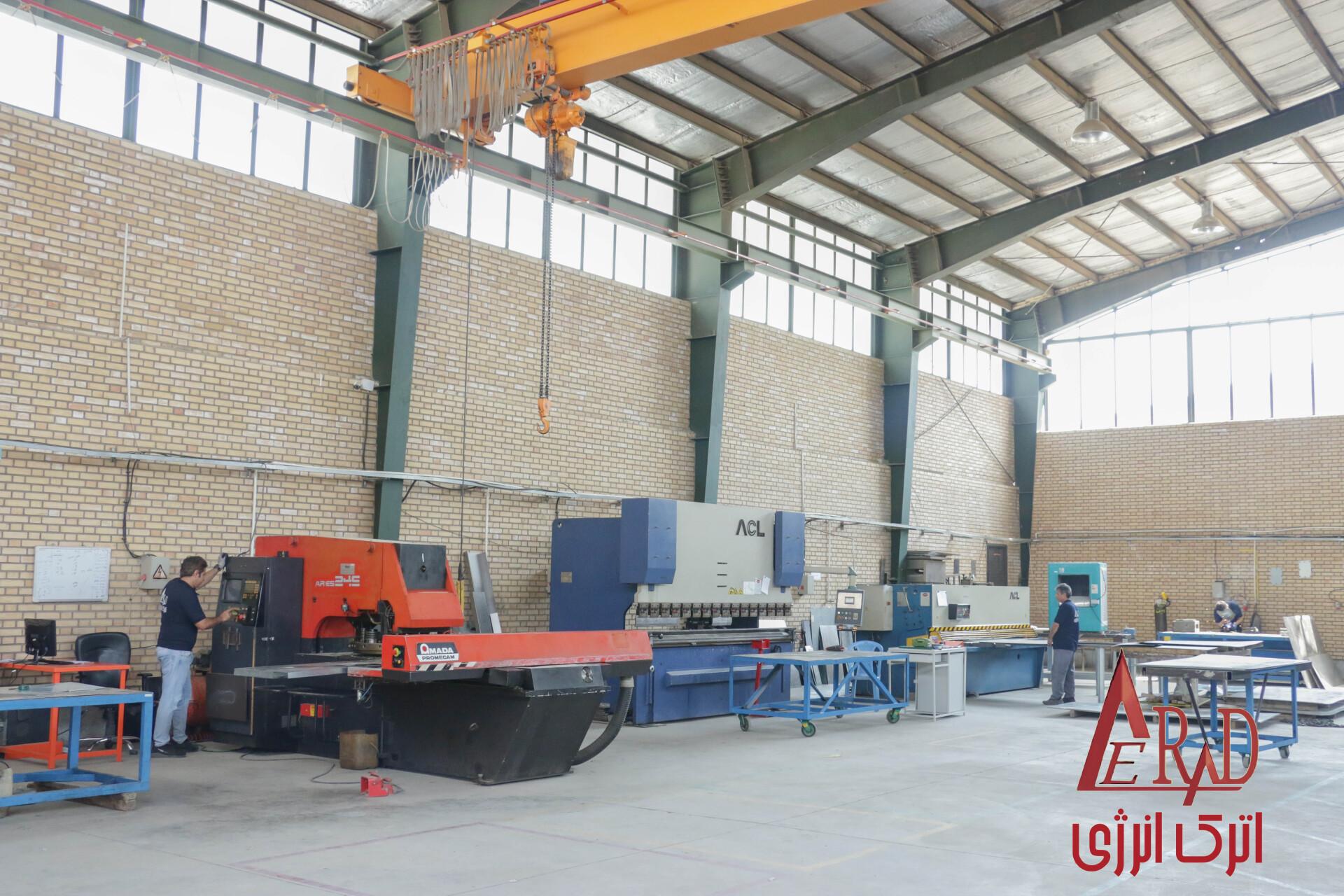 سالن تولید و فلز کاری شرکت اترک انرژی